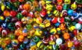 Las canicas son uno de los juegos más populares de los 90