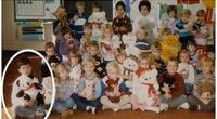 Niños posan para la foto escolar, 30 años después la maestra descubre un secreto emocionante