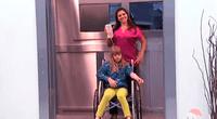 Protagonistas de la broma del elevador en Brasil.