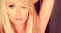 Sexy Paris Hilton.