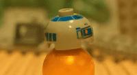 Objeto LEGO similar al famoso arturito.