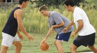La principal razón para practicar estos deportes, es que contribuyen a nuestro desarrollo personal y a mantener un equilibrio físico y mental.