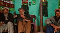 Lengua nació en un pueblo de Pakistán.