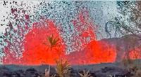 La fuente de lava no dejaba de botar chorros.