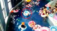 El pequeño estuvo bajo el agua alrededor de dos minutos.