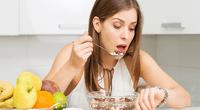 Sepa cuántas veces es lo recomendable masticar para no engordar.
