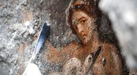 """Hallan """"pintura erótica"""" de Leda y el Cisne en ruinas de Pompeya y su historia deja en shock."""