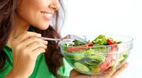 Conoce los alimentos saludables que te van a satisfacer el hambre y no te harán subir de peso.