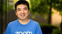 Eric Yuan es el empresario chino-estadounidense que fundó Zoom en 2019, la plataforma de videoconferencias más usada durante la pandemia del COVID-19./Fuente: Thrive Global.
