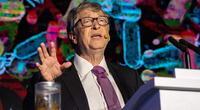 Bill Gates se vacuna contra el Covid-19.