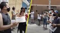 ¡Hueco sin arreglar cumple cuatro años! Vecinos le cantan feliz cumpleaños y se vuelve viral