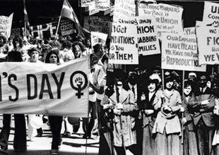 Mujeres en su lucha por igualdad de derechos