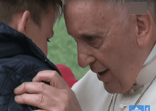 Niño le preguntó por su padre y el Sumo Pontífice le dio una grandiosa respuesta.