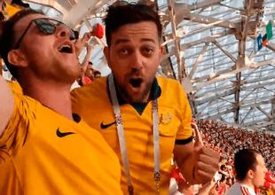 """Hinchas australianos se contagiaron del aliento de los peruanos y entonaron """"Yo soy peruano"""" en partido Perú vs Australia"""