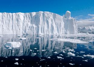 """Científicos calificaron de """"aterrador"""" el derretimiento del hielo más grueso y antiguo del Ártico"""