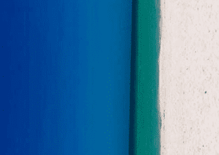 Internautas se han dividido en dos bandos para definir si lo que muestra la imagen es una playa o una puerta de madera