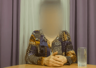Mujer afirma que viene del año 3780 y cuenta que los humanos  enfrentarán grandes batallas con robots