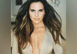 """Kate de Castillo aparece en revista """"Playboy"""" y sorprende a fans."""