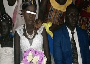 Subastan a chica en Facebook y se casa a cambio de dinero, pero su rostro es trágico.