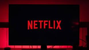 Investigarán a Netflix por 'producir y distribuir material erótico infantil'