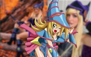 Joven conquista a fans de Yu-Gi-Oh! transformándose en la Maga Oscura en Halloween