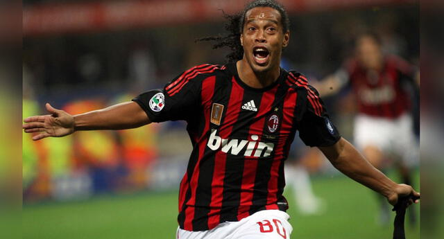Excompañero de Ronaldinho en el Milán revela lo que hacía cuando no salía de noche