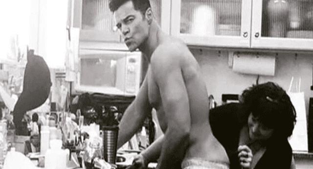 Ricky Martin muestra su lado más sensual.