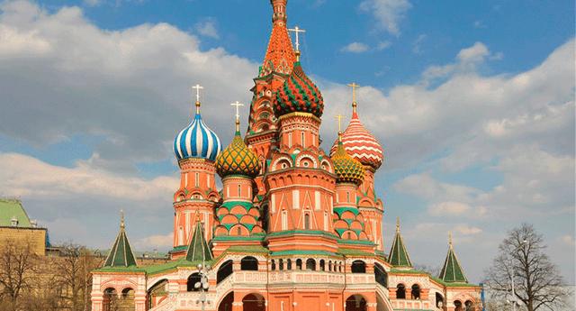 Rusia cuenta con 10 zonas horarias y limita con 16 países