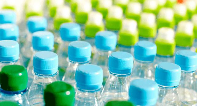 Científicos revelaron que el plástico puede ocasionar la reducción de los genitales masculinos