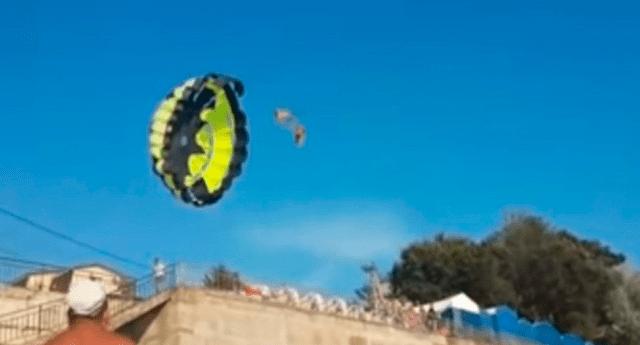 Pareja que viajaba en parapente sufrió descarga eléctrica cuando el paracaídas chocó con cable de tensión