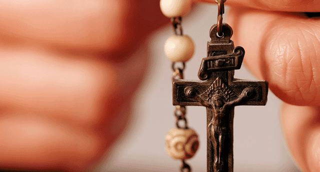 Cincuenta ateos se volvieron católicos luego de terrible incidente.
