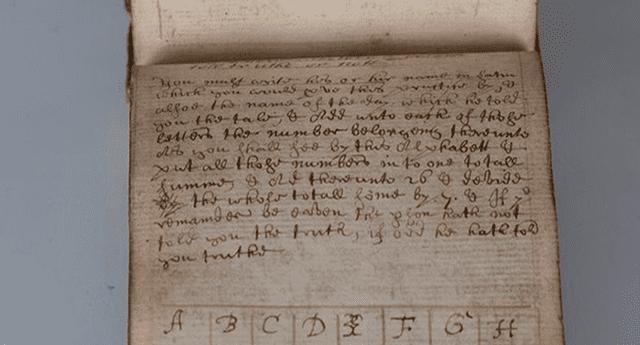 Manuscrito de 350 años de antiguedad contiene casi 500 páginas de remedios, hechizo y encantos mágicos