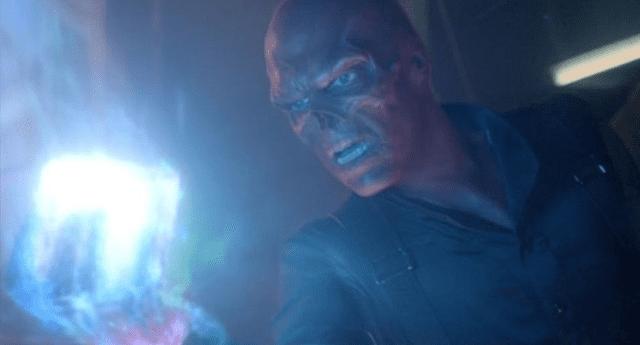 Hugo Weaving interpretó a Red Skull en su primera aparición