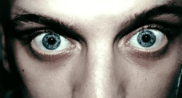 Científicos revelaron que los delincuentes psicópatas presentan una reacción común en sus ojos al ver imágenes sensibles