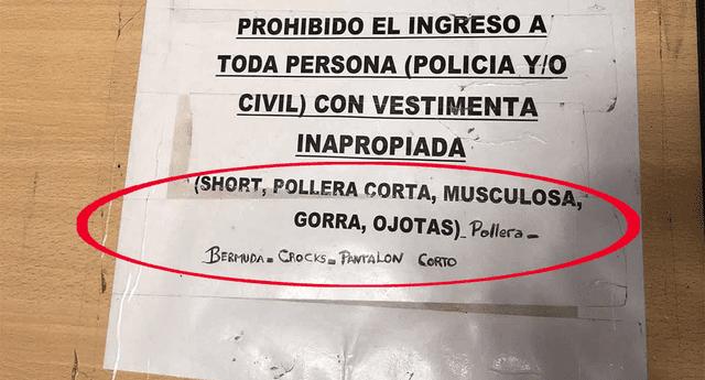 """Mujer denuncia discriminación en comisaría porque su sexy vestido no se ajustaba al """"código de vestimenta""""."""