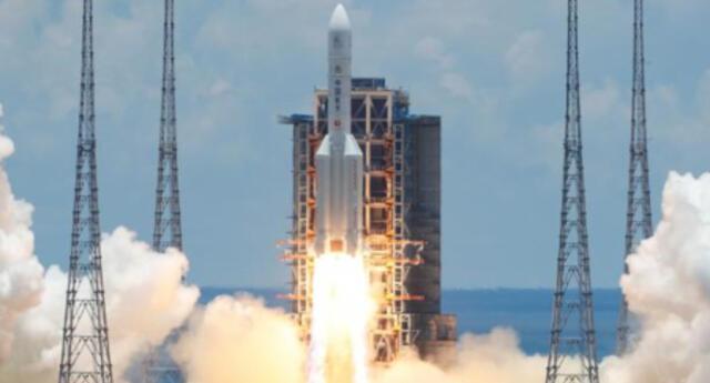 Así fue vivió el lanzamiento de la primera sonda de China hacia el planeta marciano (VIDEO)
