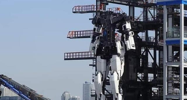 ¡Como en los Power Rangers! Japón construye robot de 18 metros de altura y acaba de dar sus primeros pasos (VIDEO)