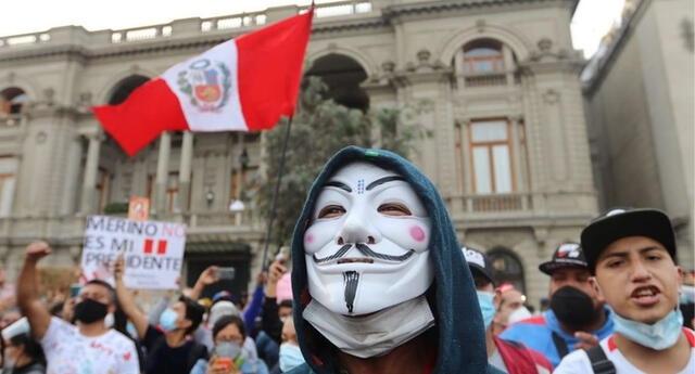 Anonymous, la temida organización de activistas hackers, no ha sido ajena a la crisis política que se vive en el Perú./Fuente: Twitter.