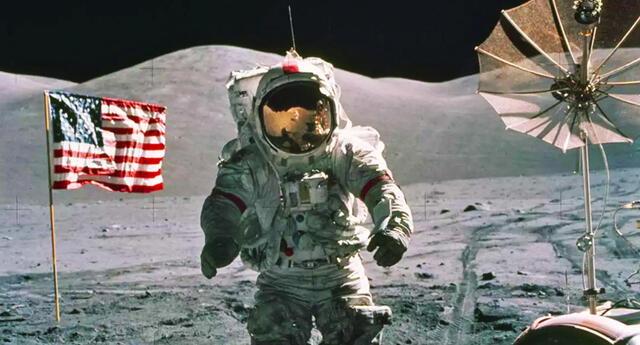 Gobierno de EEUU exige a las agencias de inteligencia a revelar su información sobre los OVNIS.