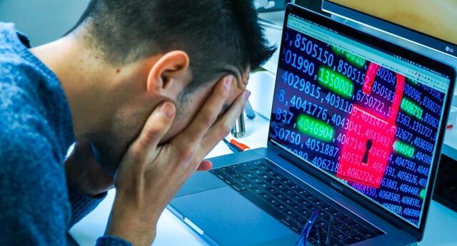 Puedes usar la herramienta digital de Cybernews para cerciorarte de que nnguna de tus cuentas ha sido vulnerada./Fuente: Omicrono.