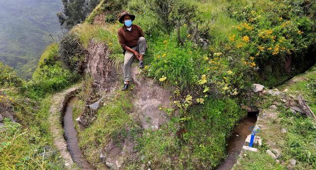 """En Huarochirí, los pobladores utilizan la """"siembra de agua"""" (Foto: AFP)"""